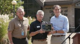 AZA President and CEO presents Zoo re-accreditation